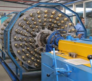 hydraulic-hose-spiral-machine